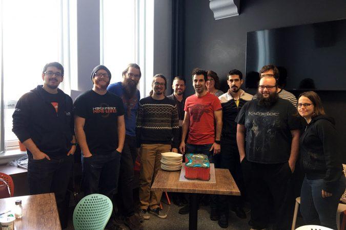 Qui dit anniversaire, dit gâteau ! Comme on ne fait pas les choses à moitié, on s'en est fait faire un en forme de ninja.